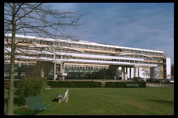Immeuble Bull. Tournage vidéo à Marne-la-Vallé